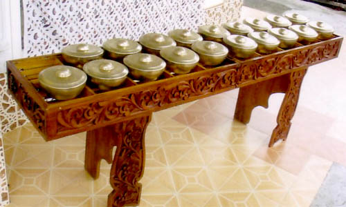 Alat Musik Gong Totobuang