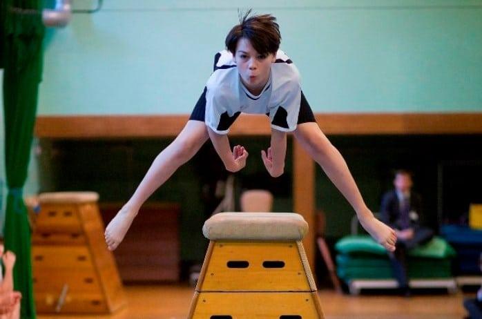 Latihan Gerak Lompat Kangkang